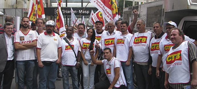 destaque_classe trabalhadora unida contra a terceirização_15-04-2015