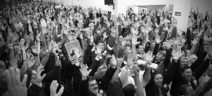 destaque_vitoria dos trabalhadores - acabou oficialmente o salario regional - 24-04-2015