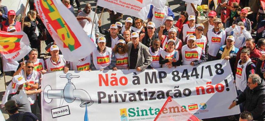"""Ato – Mais de 10 mil na Paulista gritando """"Basta""""!"""