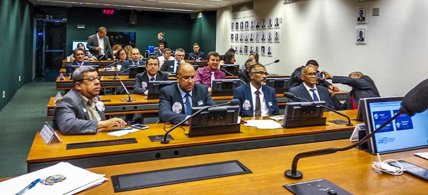 MP 844/18 – Após pressão, votação na Câmara foi adiada para o dia 12