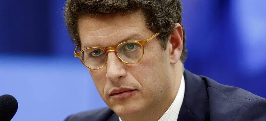 Passar a boiada – Um ministro que parece não gostar do…